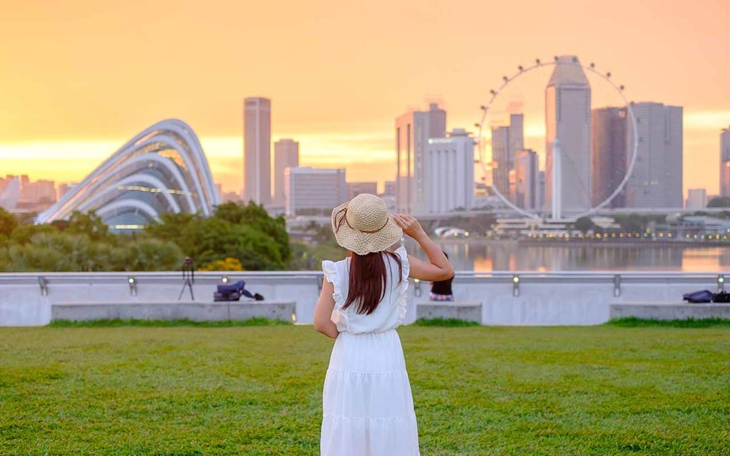 solo female traveler singapore