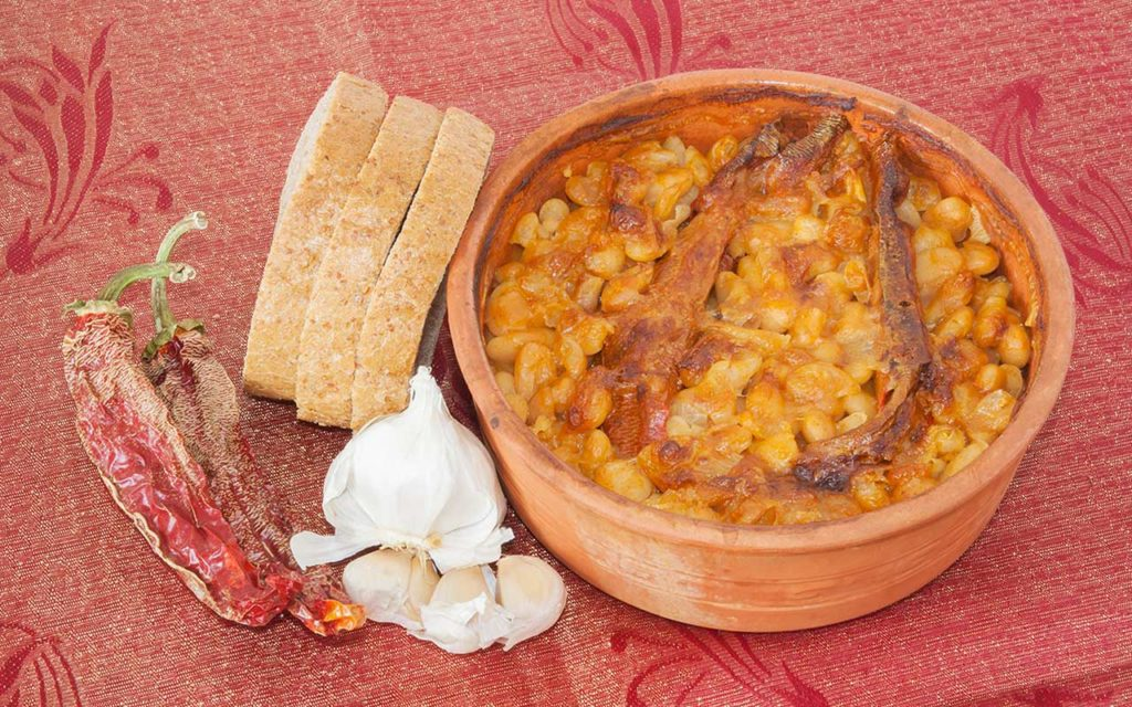 Tavce Gravce - Pot-baked Beans macedonian food
