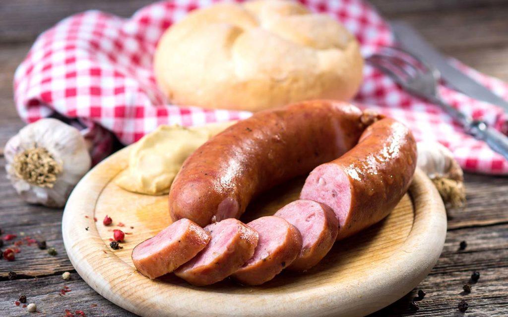 Kranjska Klobasa - Slovenian food