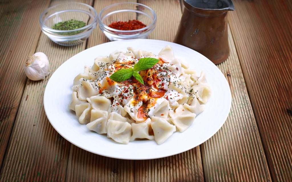 Manti - Turkish food