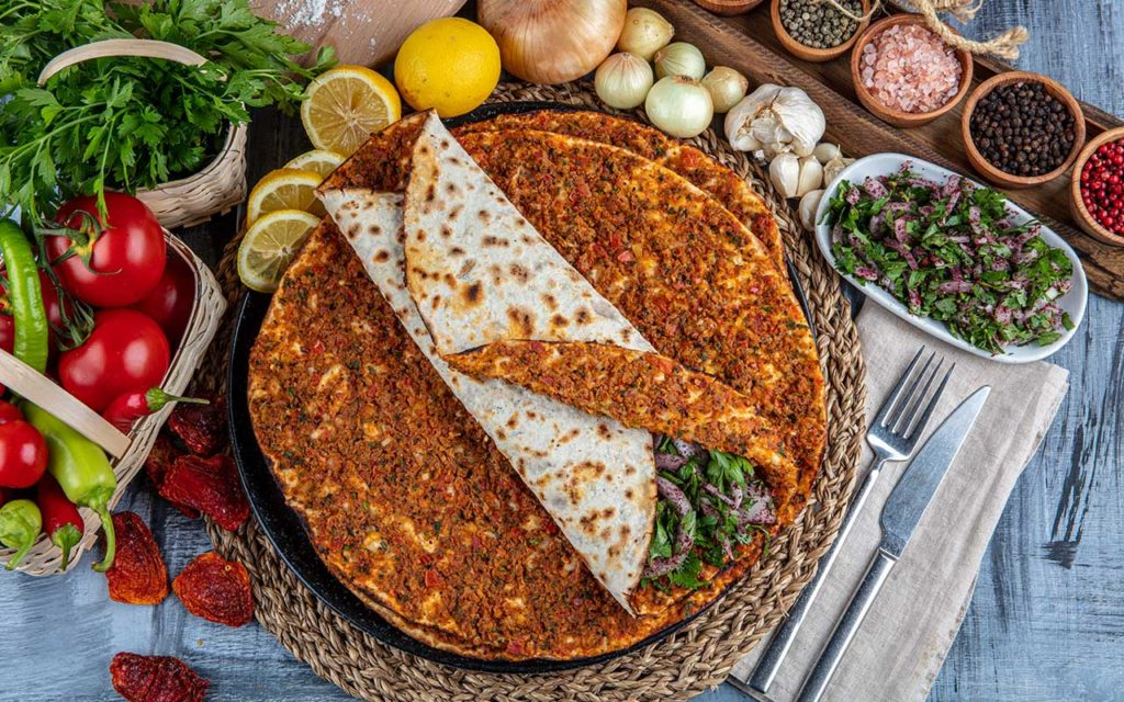 Lahmacun - Turkish food