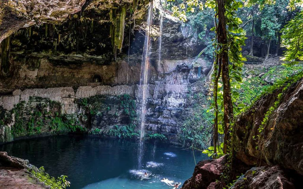 Cenotes of Quintana Roo bucket list experiences