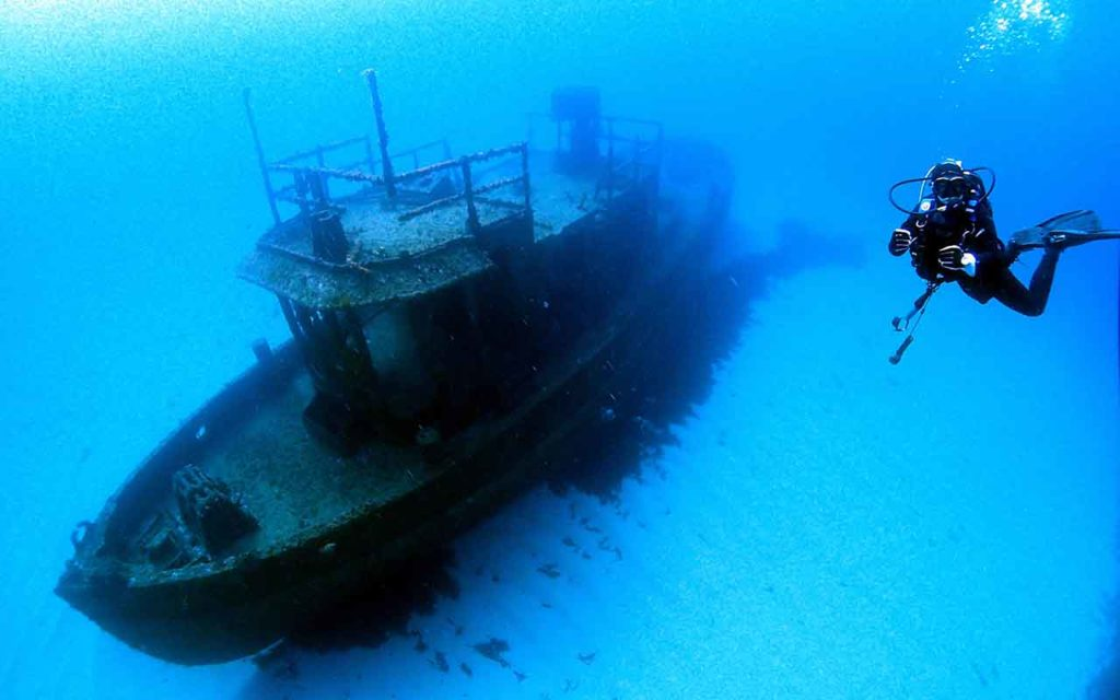 Scuba diving Malta bucket list experience
