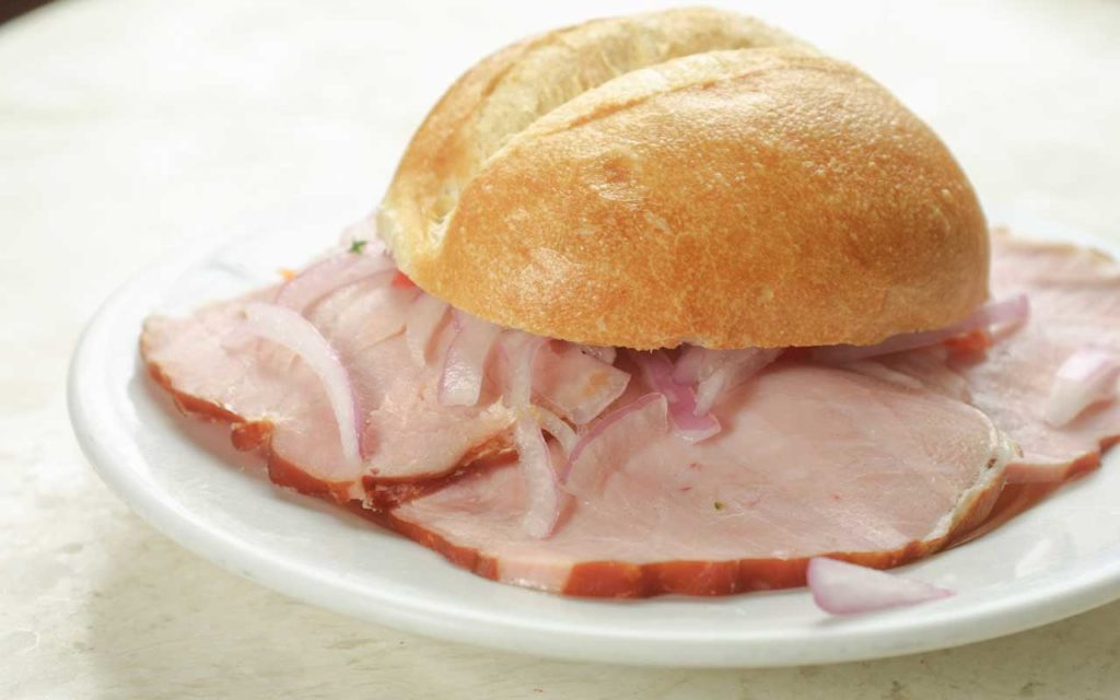 Peruvian Food: Butifarra (Ham Sandwich)