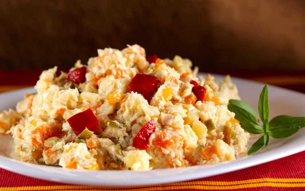 Romanian Food: Salata Boeuf (Boeuf salad)
