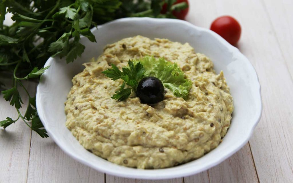 Romanian Food: Salata de Vinete (Eggplant Salad Spread)