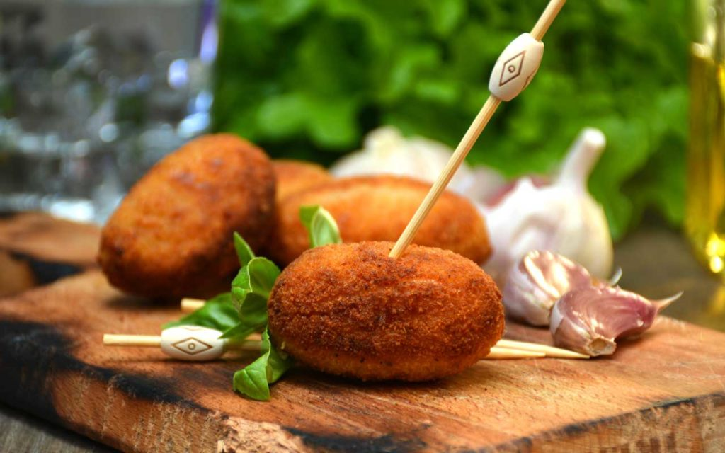 Spanish Food: Croquetas