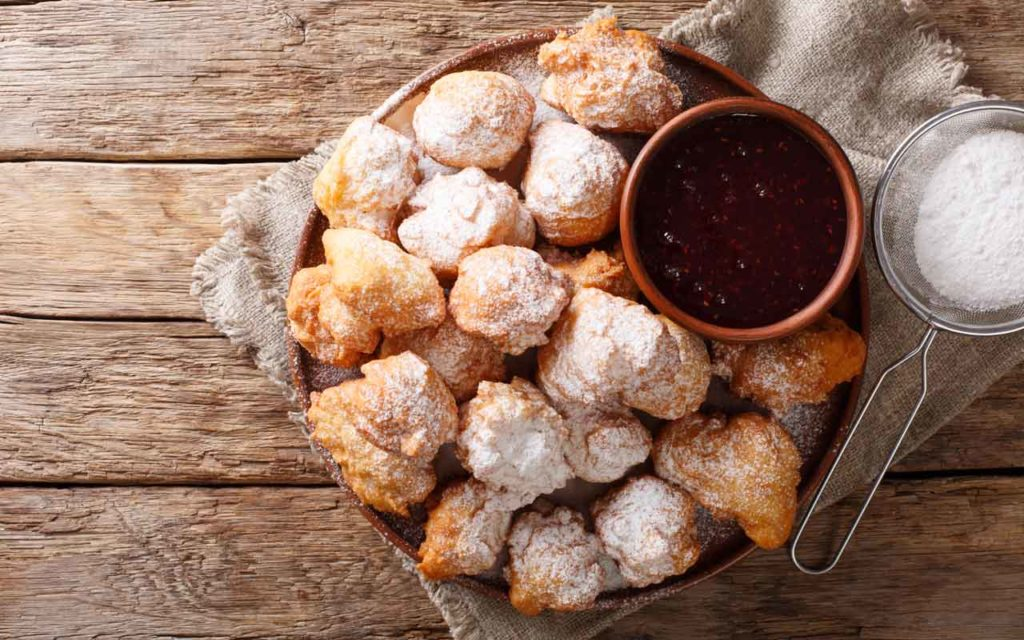 Albanian Food: Petulla – Fried Dough