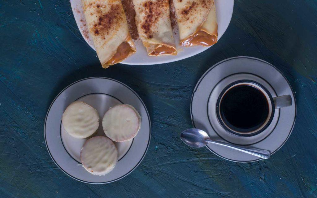 Argentinian dessert: Panqueques con Dulce de Leche (Pancakes with Caramel)