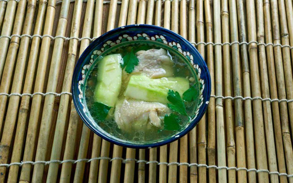 Filipino food: Tinolang manok