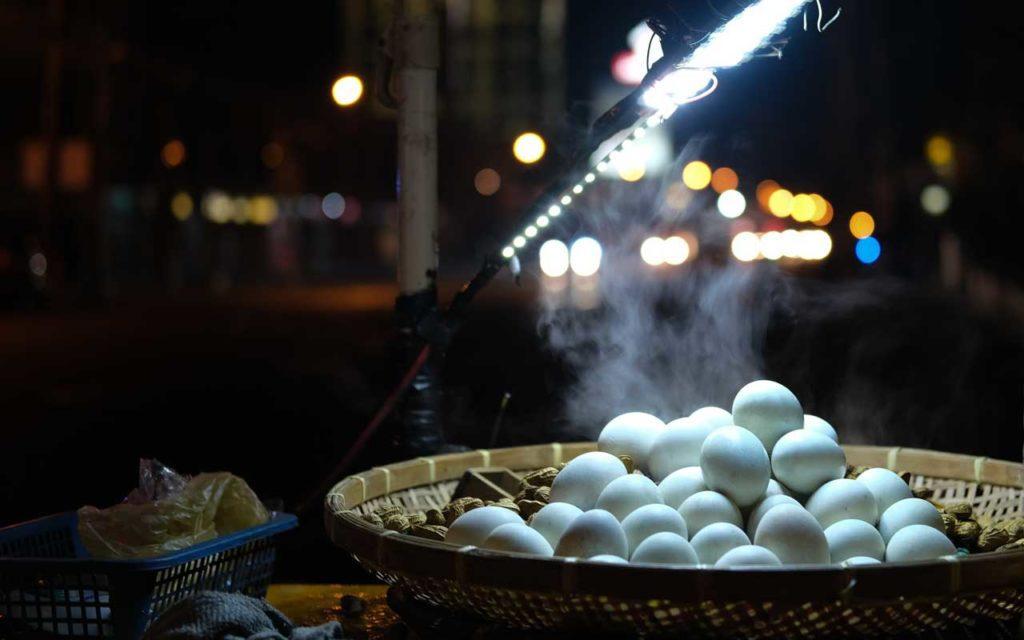 Filipino food: Balut