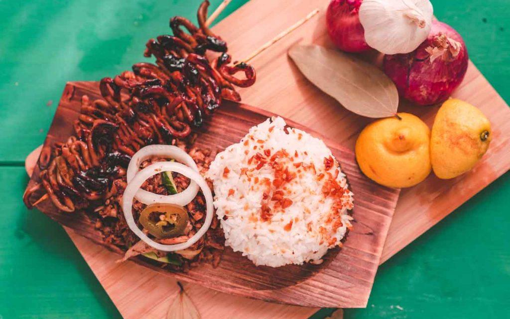 Filipino food: Isaw