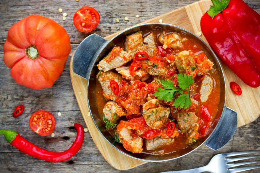 Hungarian Food: Csirkepaprikás