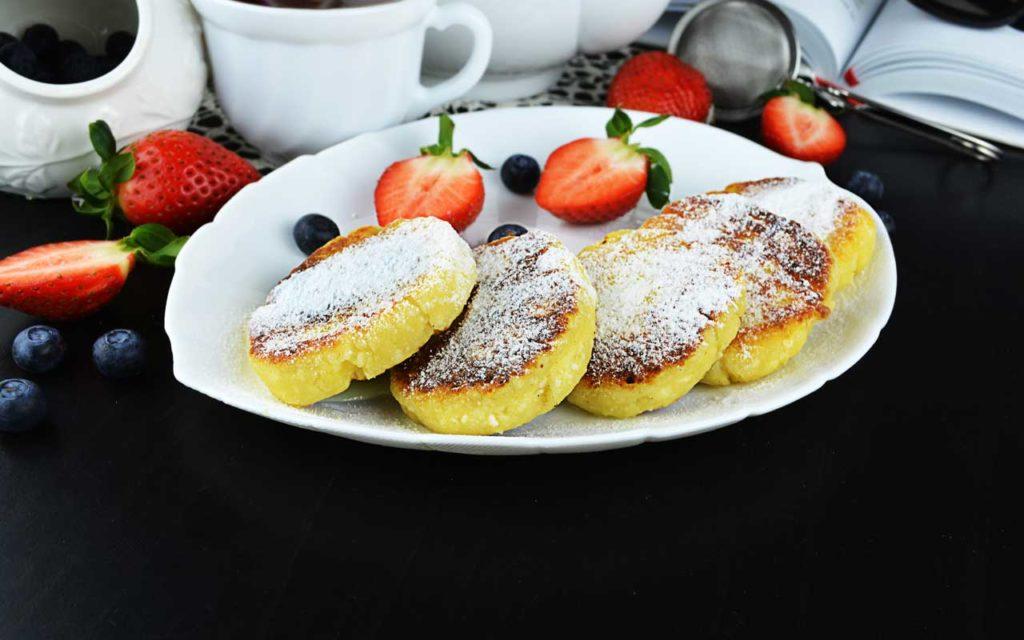 Lithuanian Food: Curd Pancakes (Varškėčiai)