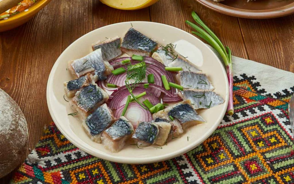 Lithuanian Food: Herring (Silkė)