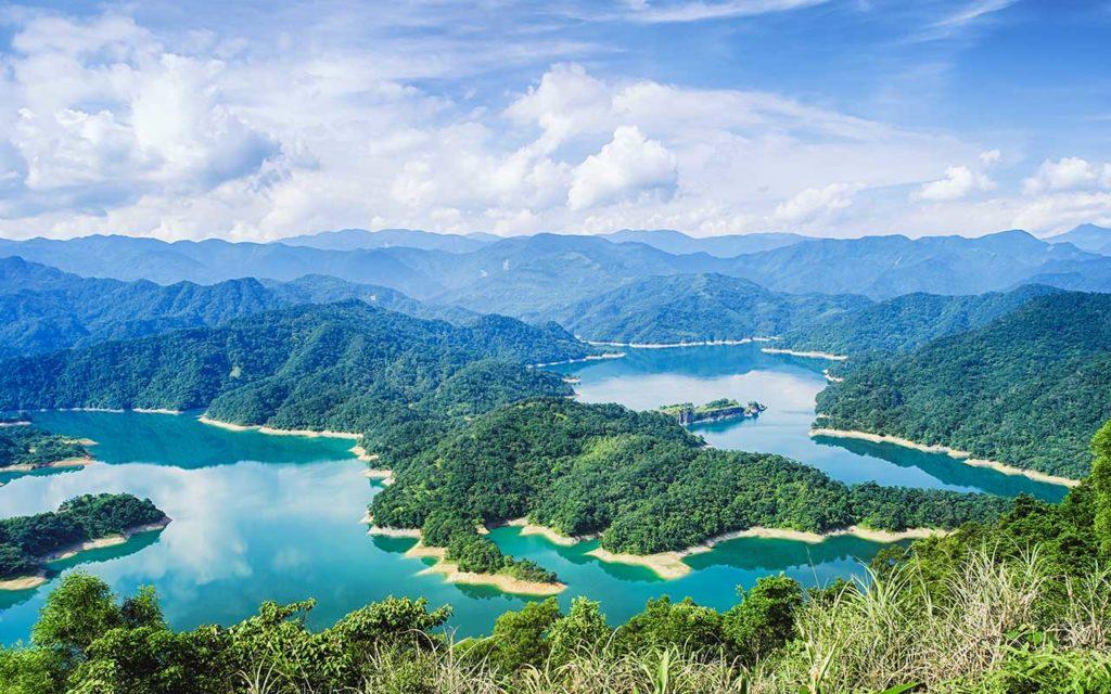 solo female travel taiwan