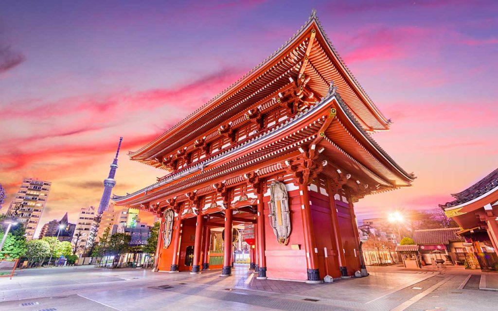 solo female travel temple gate