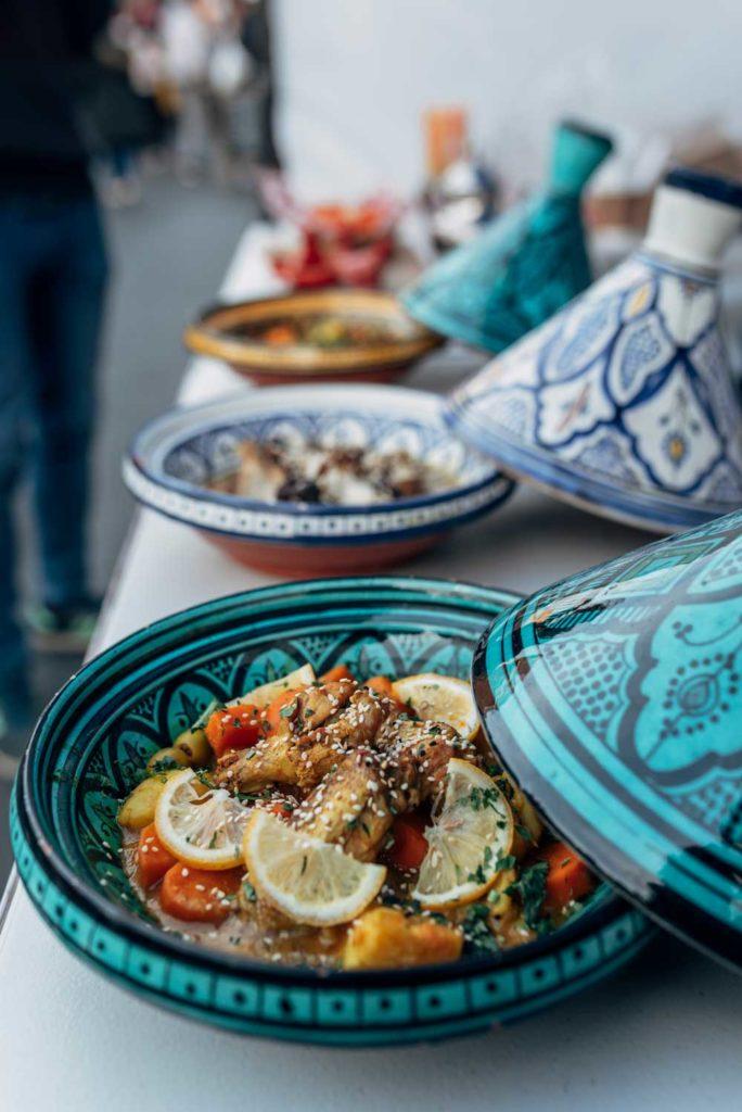 Algerian Food: Tajin Zitoun – Chicken and Olives Dish