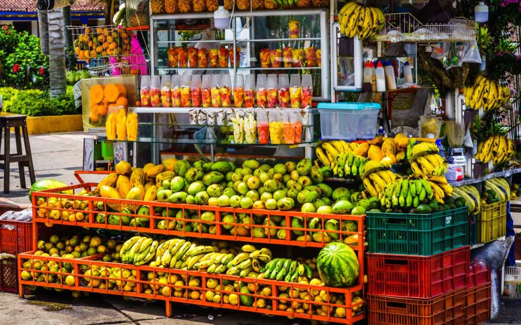 Fruit Stand / Fruit Juices Popular in Colombia