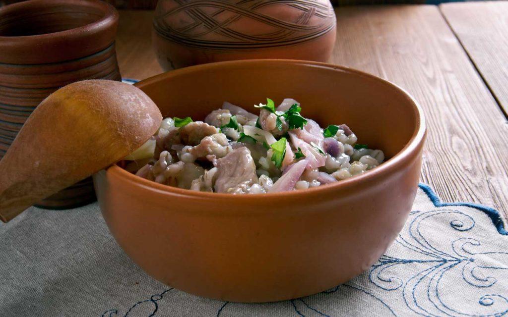 Estonian Food to Try: Sauerkraut with Pork and Barley – Mulgikapsad