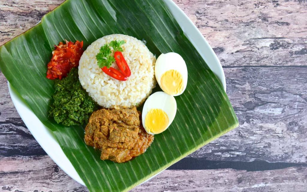 Indonesian Food: Nasi Padang (Steamed Rice with Various Side Dishes)