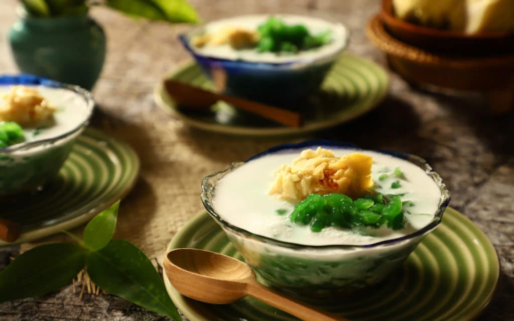 Indonesian Dessert: Es Cendol (Green Jelly with Iced Sweet Coconut Milk)