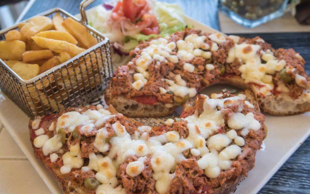 Ħobż/Ftira biż-Żejt – Open Sandwich