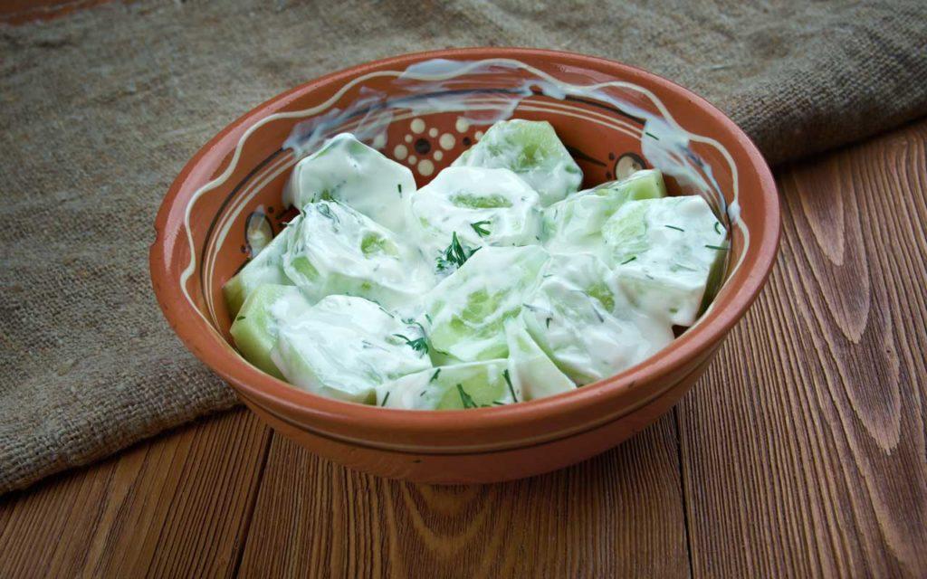 Polish Food: Cucumber Salad (Mizeria)