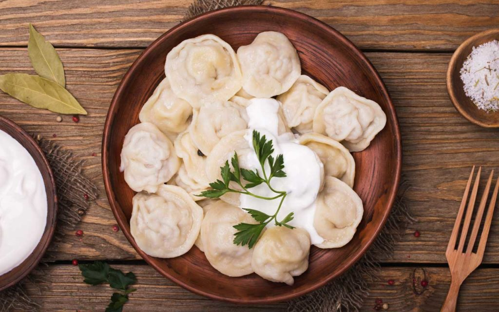 Russian Food: Pelmeni (Пельмени) – Dumplings