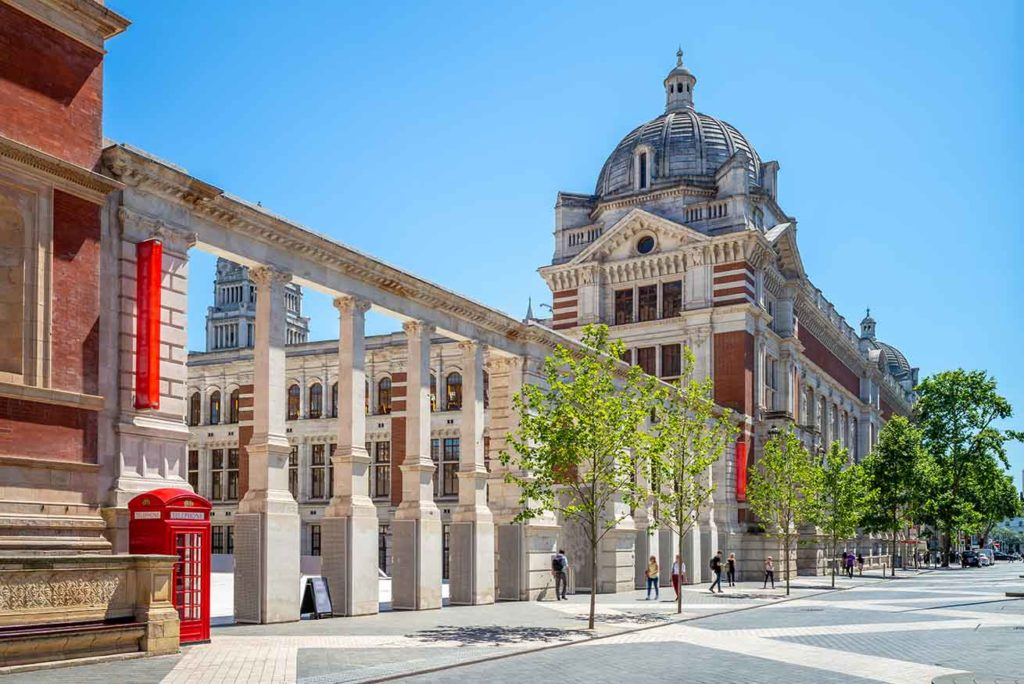 things to do in london victoria and albert museum