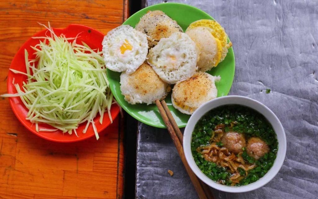 Vietnamese Food: Bánh Căn – Mini Pancakes