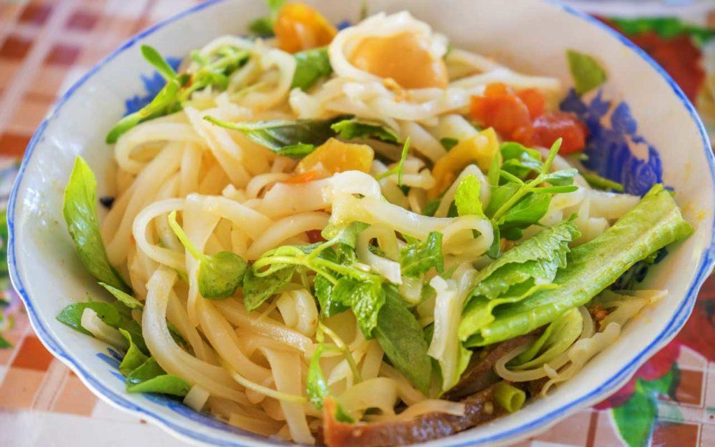 Vietnamese Food: Mì Quảng – Quang-Style Noodles