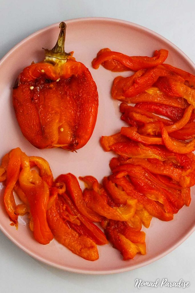 peeled oven-roasted capsicum peppers