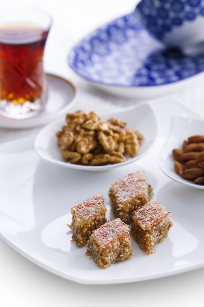 Azerbaijani Food: Pakhlava – Azerbaijani Baklava