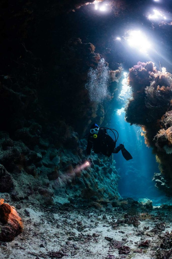 Extreme Sport: Cave Diving