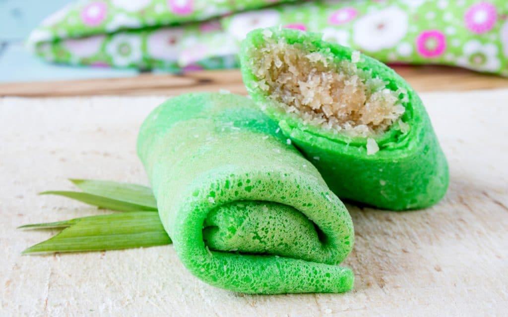 Indonesian Dessert: Dadar Gulung