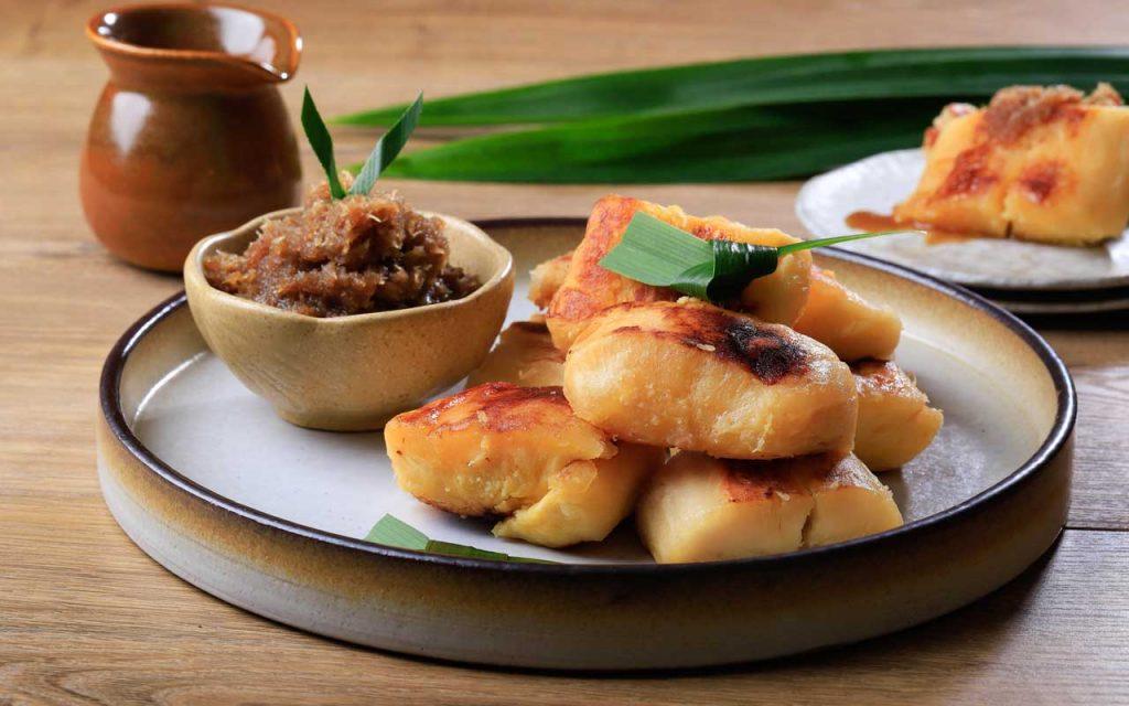 Indonesian Dessert: Colenak