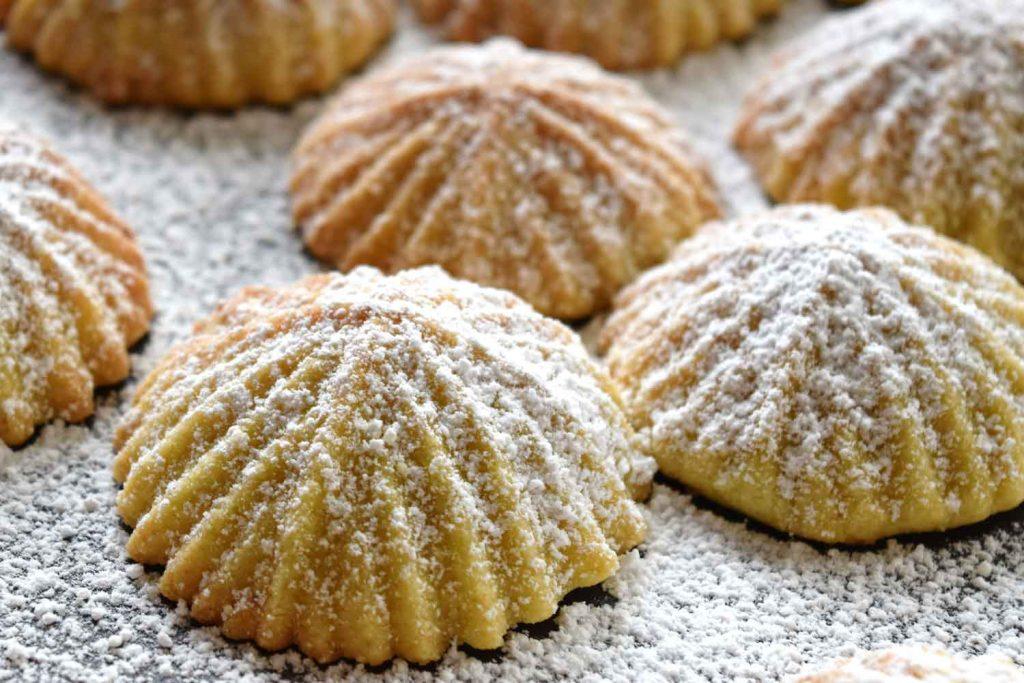 Lebanese Food: Maamoul – Sweet Stuffed Cookies
