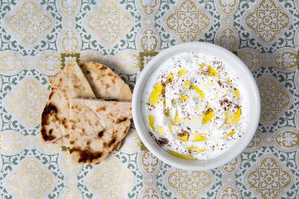 Lebanese Food: Labneh – Creamy Yoghurt Spread