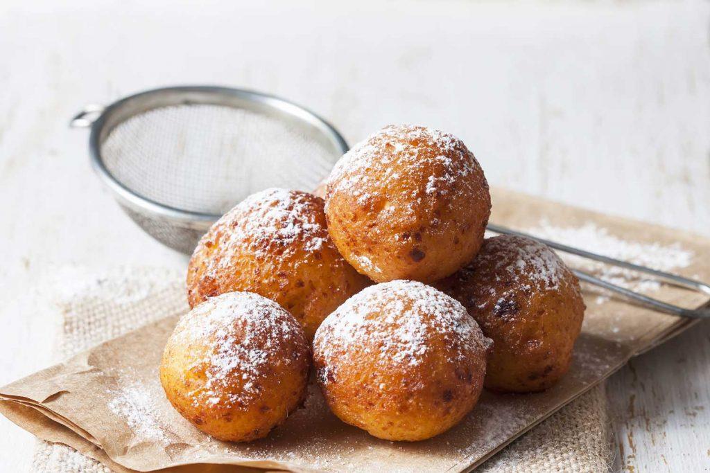 Lithuanian dessert: Varškės Spurgos (Curd Cheese Doughnuts)