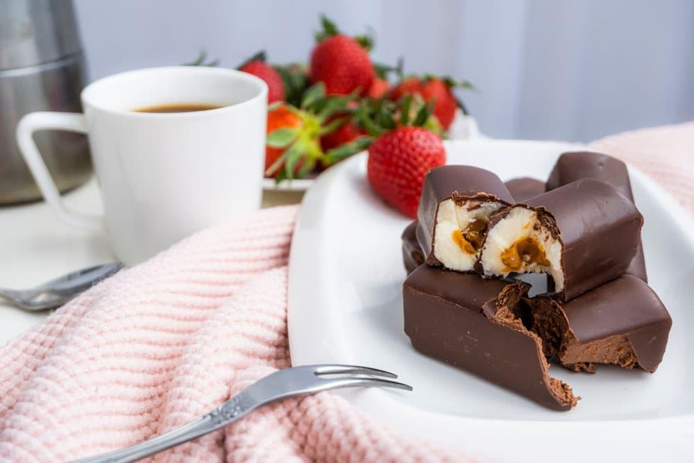 Lithuanian dessert: Varškės Sūrelis (Curd Snack)