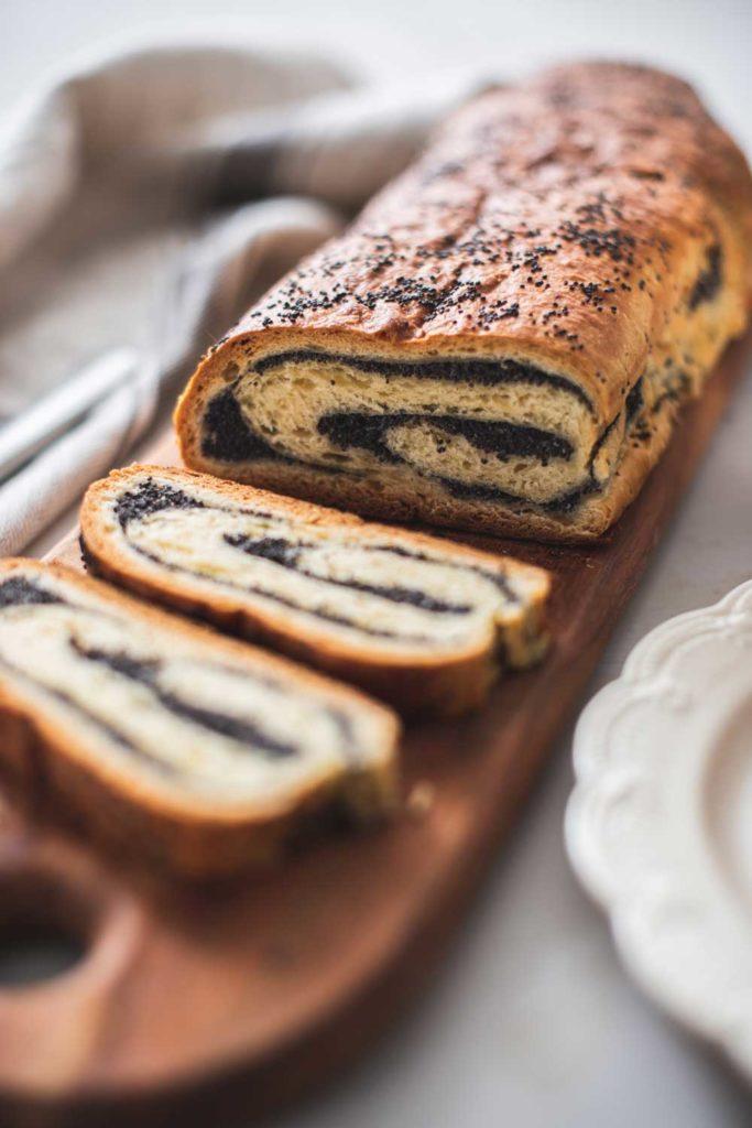 Polish Dessert: Makowiec – Poppy Seed Cake