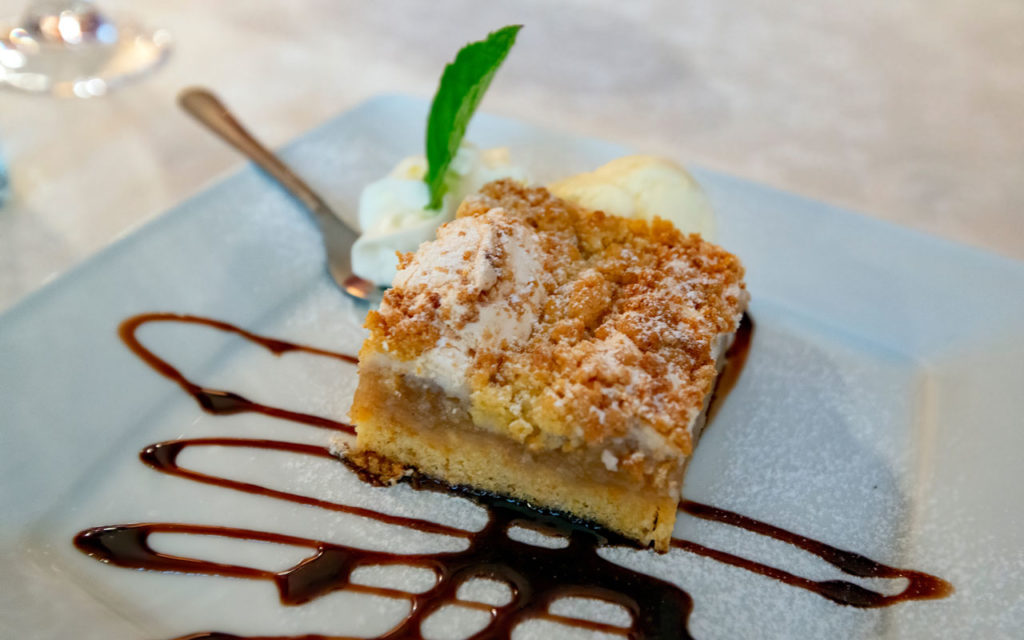 Polish Dessert: Szarlotka – Polish Apple Pie