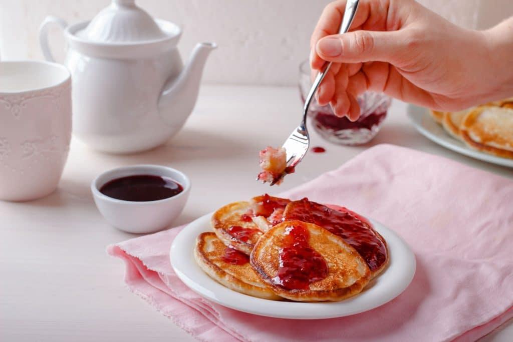 Russian Dessert: Oladyi (Оладьи) – Mini Pancakes