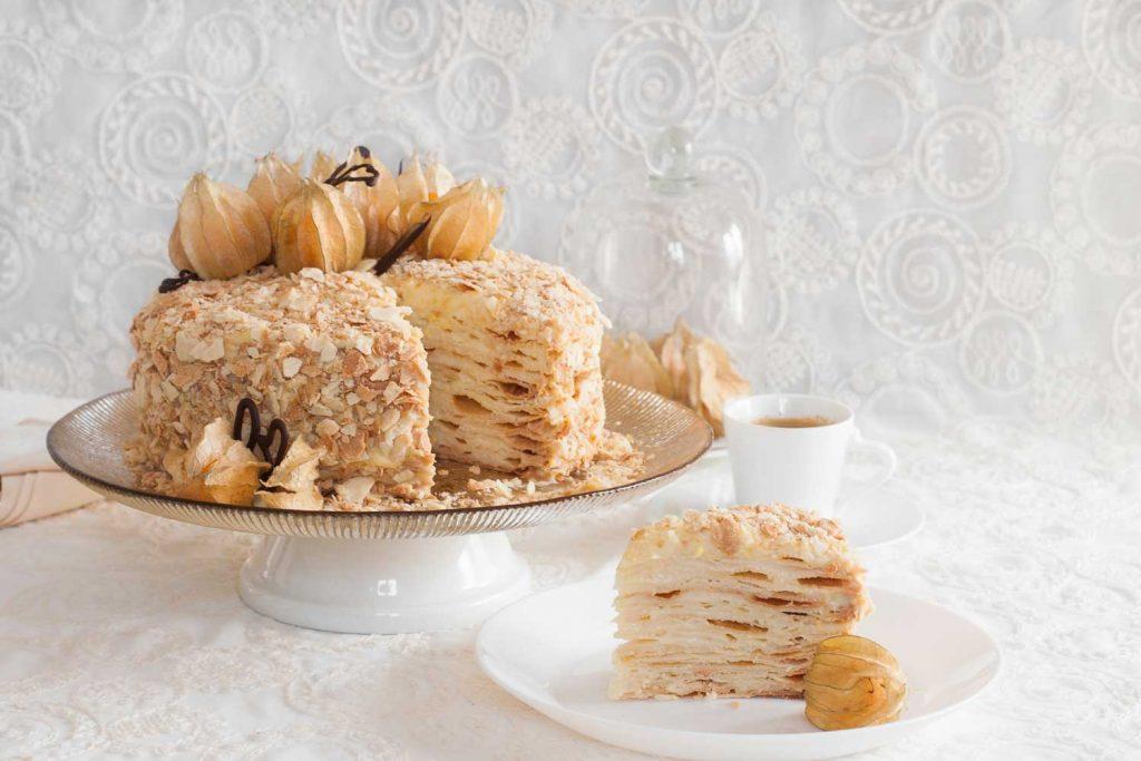 "Russian Dessert: Tort ""Napoleon"" (Торт Наполеон) – Napoleon Cake"