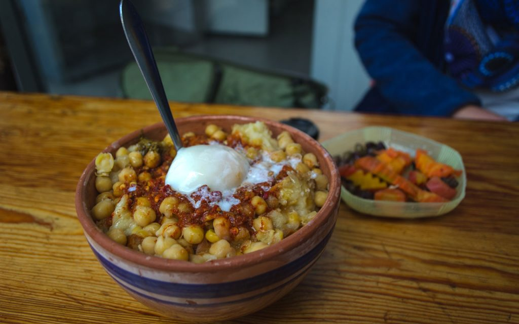 Tunisian Food: Lablabi – Cooked Chickpeas