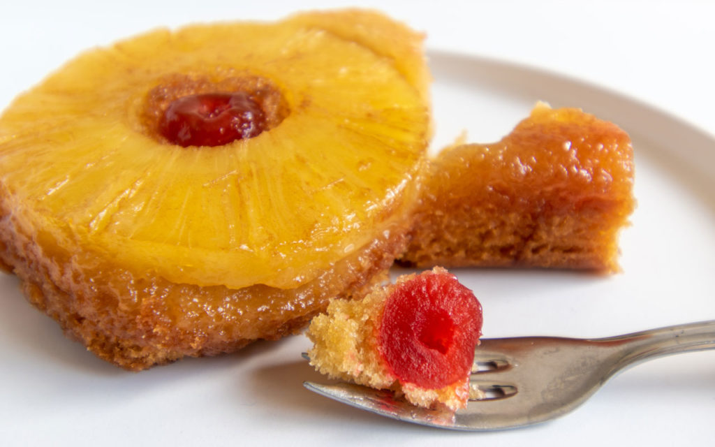 Venezuelan dessert: Torta de Piña – Pineapple Cake