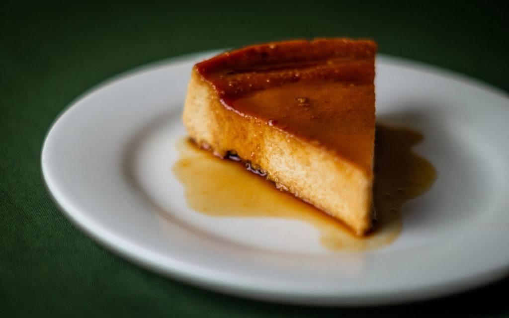 Venezuelan dessert: Quesillo – Caramel Flan Pudding