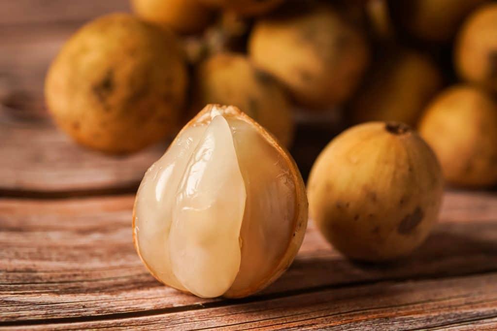 Asian fruit: Langsat
