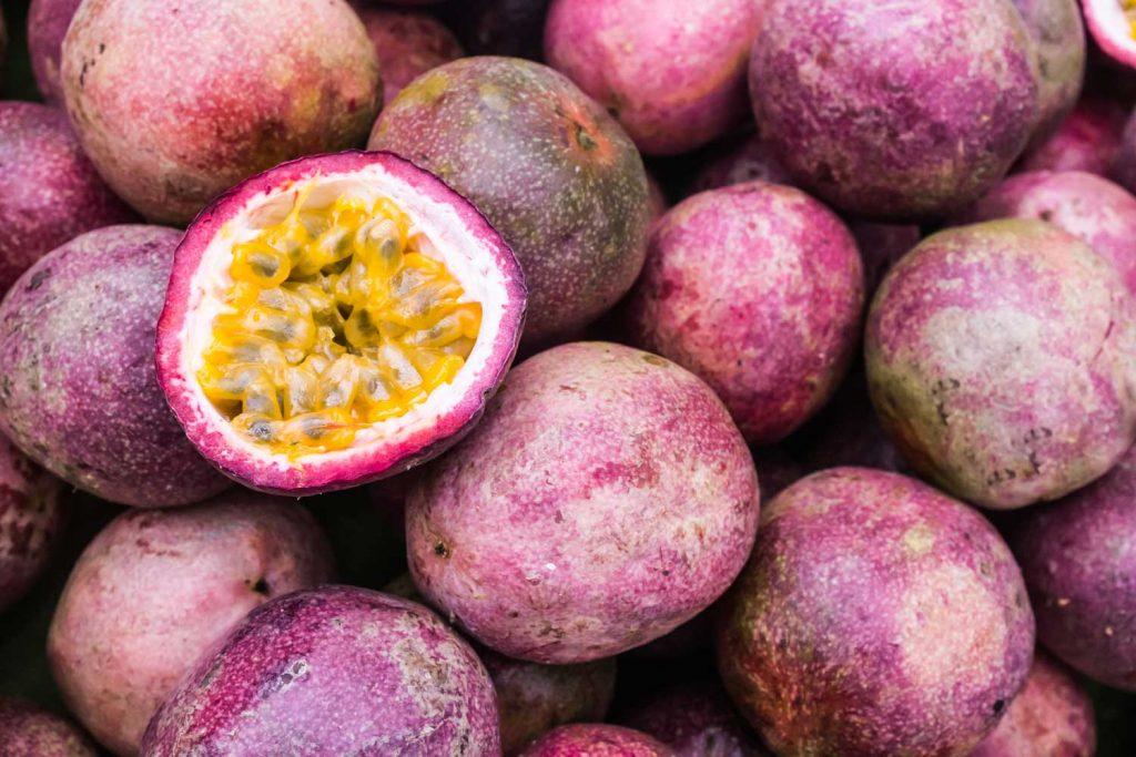 Asian fruit: Maracuja / Passion Fruit